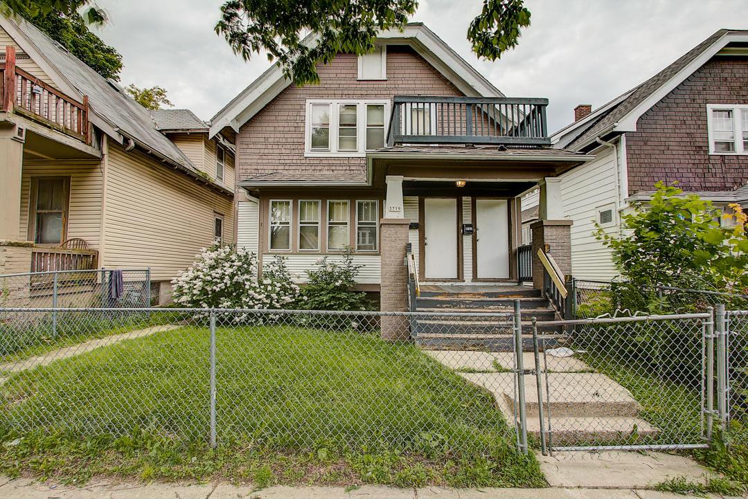 3719 Vel R Phillips Ave, Milwaukee, Wisconsin 53212, 2 Bedrooms Bedrooms, 5 Rooms Rooms,1 BathroomBathrooms,Two-Family,For Sale,Vel R Phillips Ave,1,1643447