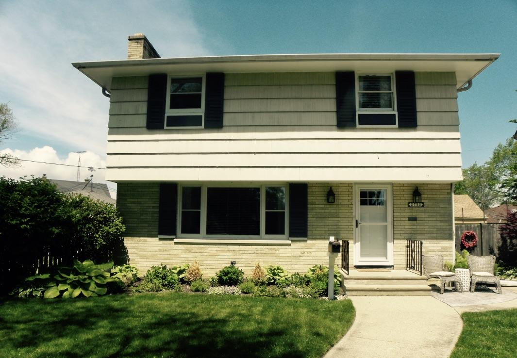 2732 Lincoln Rd, Kenosha, Wisconsin 53143, 3 Bedrooms Bedrooms, 7 Rooms Rooms,2 BathroomsBathrooms,Single-Family,For Sale,Lincoln Rd,1643511