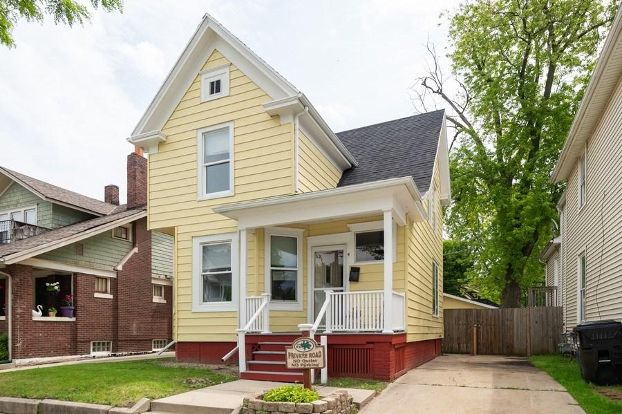 931 Villa ST, Racine, Wisconsin 53403, 4 Bedrooms Bedrooms, 7 Rooms Rooms,2 BathroomsBathrooms,Single-Family,For Sale,Villa ST,1643569