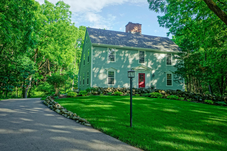 N11W31649 Pine Ridge Cir, Delafield, Wisconsin 53018, 3 Bedrooms Bedrooms, 7 Rooms Rooms,2 BathroomsBathrooms,Single-Family,For Sale,Pine Ridge Cir,1645151