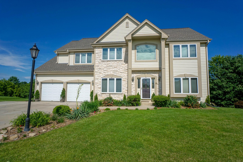 517 Cassie Lynn Ln, Oconomowoc, Wisconsin 53066, 3 Bedrooms Bedrooms, 12 Rooms Rooms,3 BathroomsBathrooms,Single-Family,For Sale,Cassie Lynn Ln,1646143