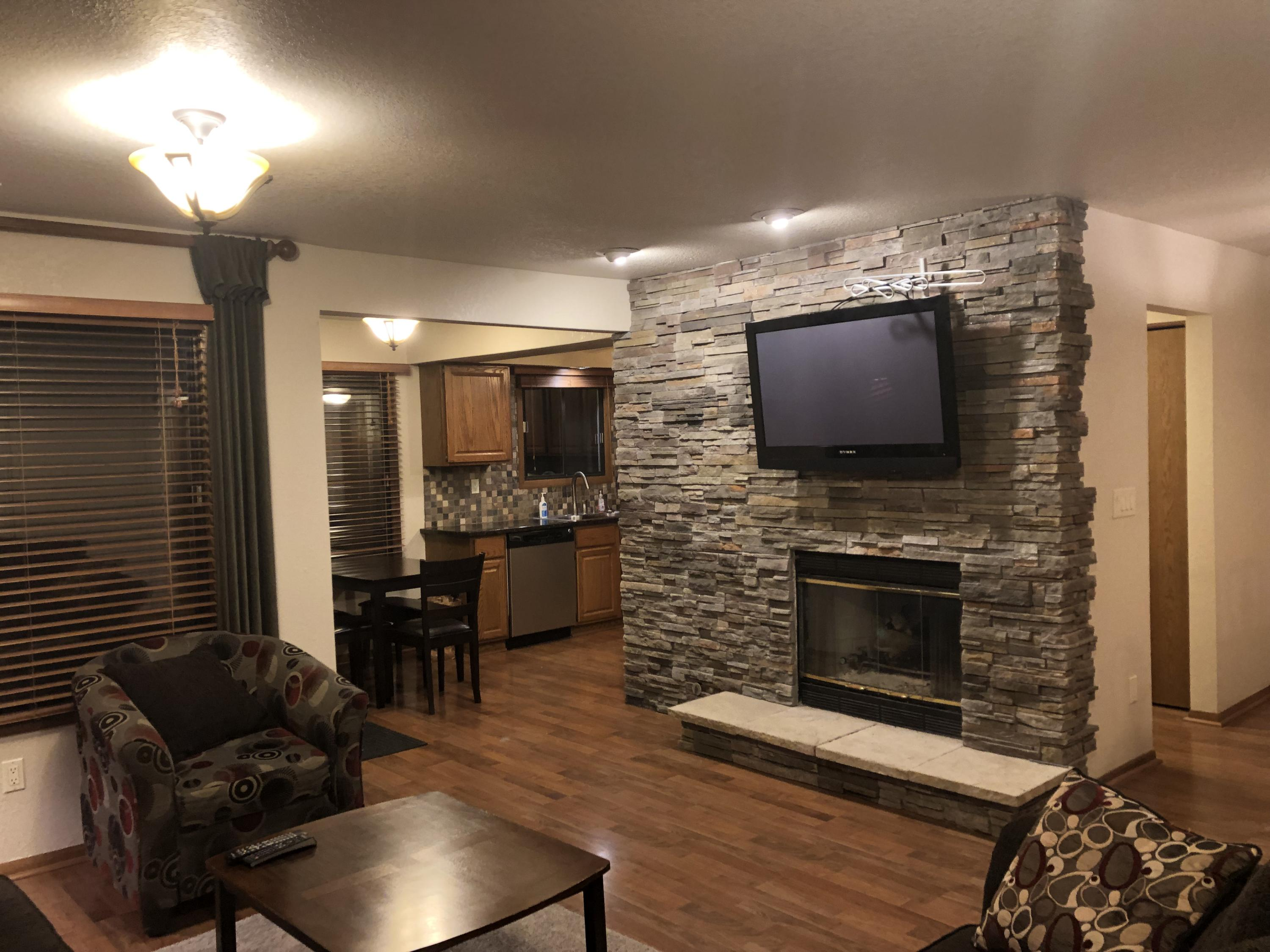 Home | Lakes Property Management