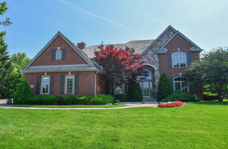 1802 Bristlecone Dr, Hartland, Wisconsin 53029, 4 Bedrooms Bedrooms, ,4 BathroomsBathrooms,Single-Family,For Sale,Bristlecone Dr,1635356