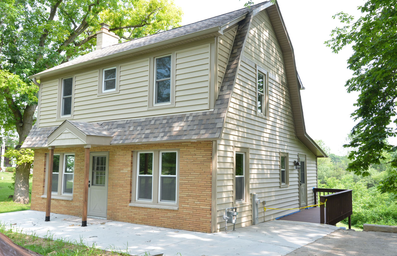 36140 Lalumiere Rd, Oconomowoc Lake, Wisconsin 53066, 4 Bedrooms Bedrooms, 6 Rooms Rooms,1 BathroomBathrooms,Single-Family,For Sale,Lalumiere Rd,1647359