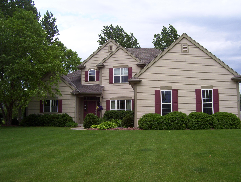 N66W34424 Timberline Rd, Oconomowoc, Wisconsin 53066, 4 Bedrooms Bedrooms, 11 Rooms Rooms,3 BathroomsBathrooms,Single-Family,For Sale,Timberline Rd,1644747