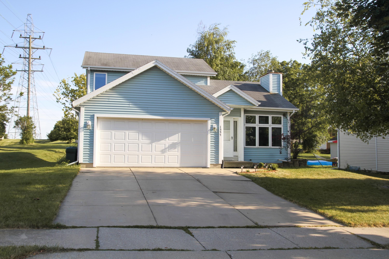 1335 Danny St, Waukesha, Wisconsin 53186, 3 Bedrooms Bedrooms, 6 Rooms Rooms,2 BathroomsBathrooms,Single-Family,For Sale,Danny St,1648206