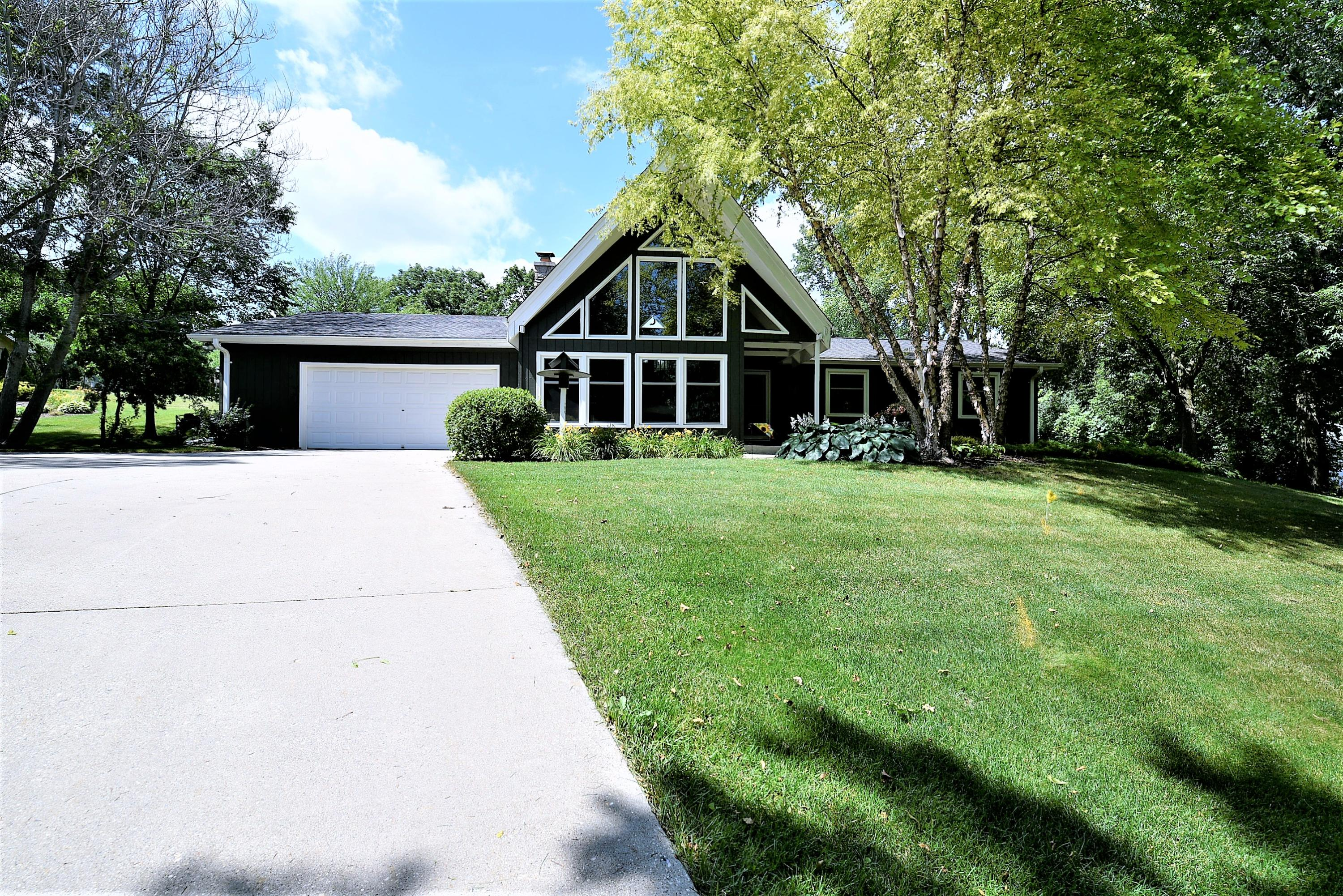 S42W25084 Oakview Dr, Waukesha, Wisconsin 53189, 3 Bedrooms Bedrooms, 8 Rooms Rooms,2 BathroomsBathrooms,Single-Family,For Sale,Oakview Dr,1648844