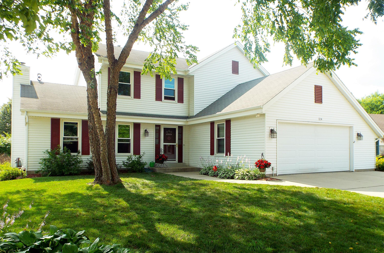 1214 Poplar DR, Waukesha, Wisconsin 53188, 3 Bedrooms Bedrooms, 7 Rooms Rooms,2 BathroomsBathrooms,Single-Family,For Sale,Poplar DR,1650597