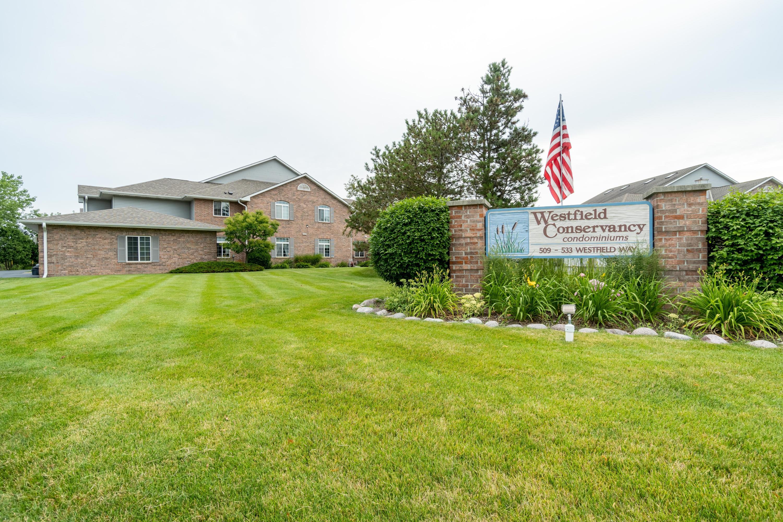 533 Westfield Way, Waukesha, Wisconsin 53072, 2 Bedrooms Bedrooms, ,2 BathroomsBathrooms,Condominiums,For Sale,Westfield Way,1,1649718