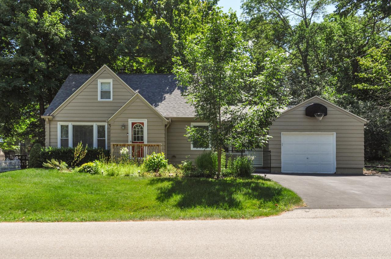 12525 James St, Brookfield, Wisconsin 53005, 3 Bedrooms Bedrooms, 7 Rooms Rooms,2 BathroomsBathrooms,Single-Family,For Sale,James St,1652215