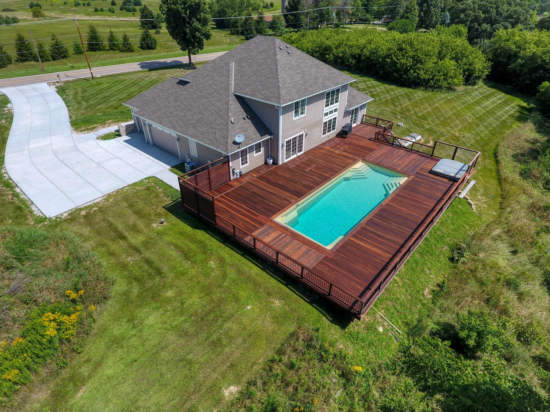 N87W35735 Mapleton Rd, Oconomowoc, Wisconsin 53066, 4 Bedrooms Bedrooms, ,3 BathroomsBathrooms,Single-Family,For Sale,Mapleton Rd,1655120