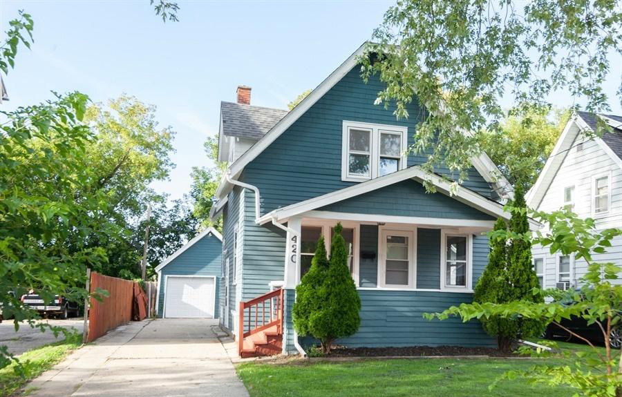 420 Newhall Ave, Waukesha, Wisconsin 53186, 2 Bedrooms Bedrooms, 5 Rooms Rooms,1 BathroomBathrooms,Single-Family,For Sale,Newhall Ave,1659156