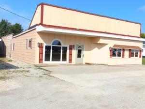 247 N US Highway 141, Crivitz, WI 54114