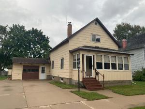 1439 Mary St, Marinette, WI 54143