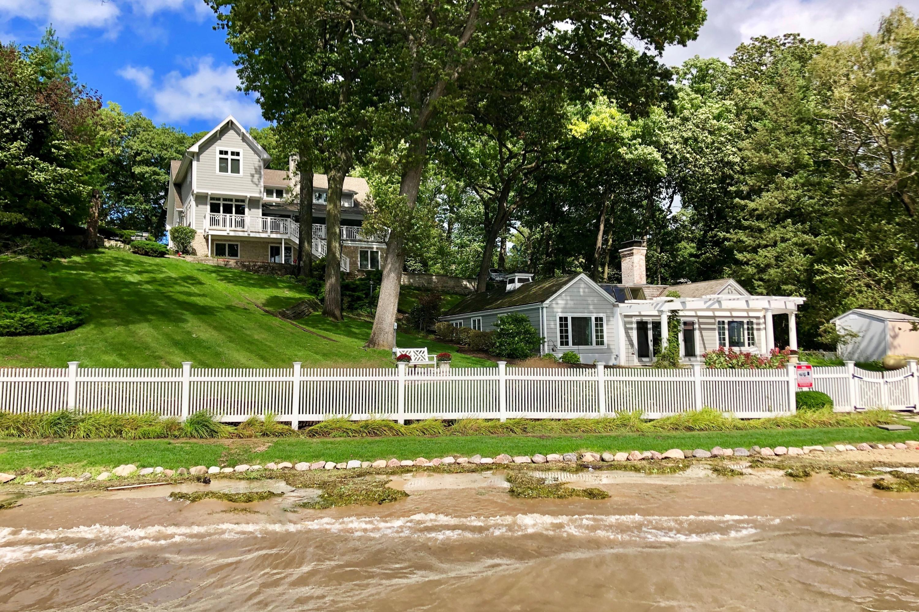 Photo of 154 Wood St, Williams Bay, WI 53191