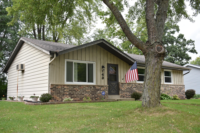 143 Merton Ave, Hartland, Wisconsin 53029, 3 Bedrooms Bedrooms, ,1 BathroomBathrooms,Single-Family,For Sale,Merton Ave,1664490