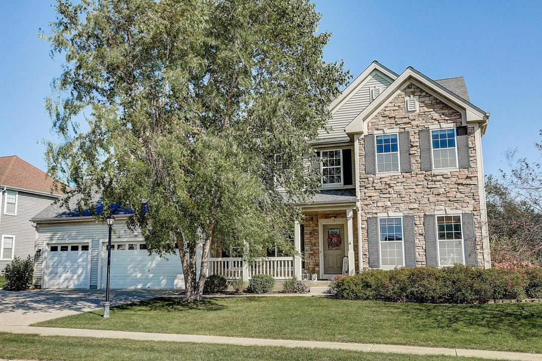 1351 Mamerow Ln E, Oconomowoc, Wisconsin 53066, 5 Bedrooms Bedrooms, 11 Rooms Rooms,3 BathroomsBathrooms,Single-Family,For Sale,Mamerow Ln E,1666140