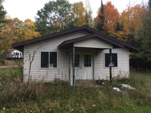 W7921 Maple Rd, Amberg, WI 54102