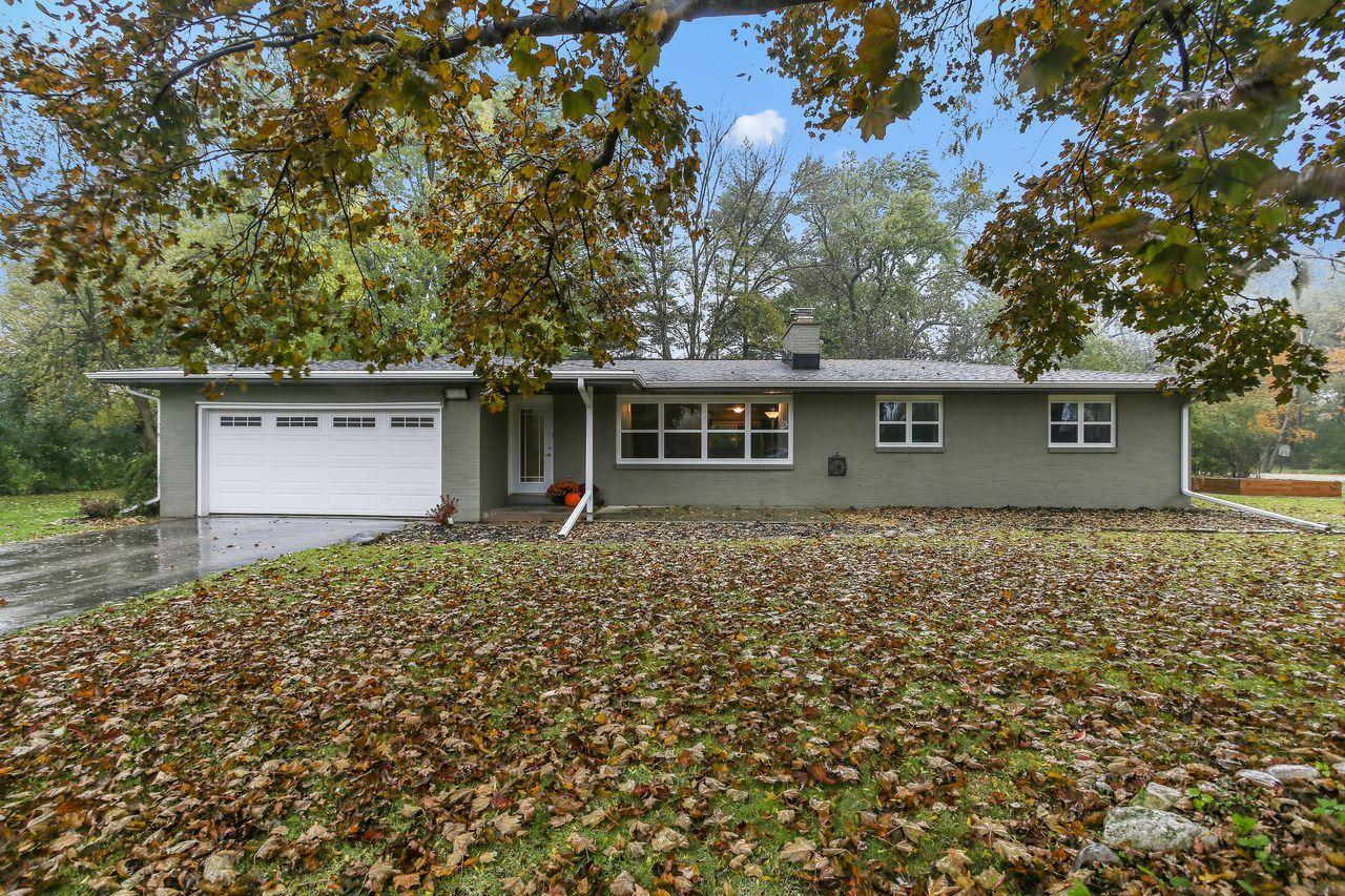 W393N5891 Mary Ln, Oconomowoc, Wisconsin 53066, 3 Bedrooms Bedrooms, 7 Rooms Rooms,1 BathroomBathrooms,Single-Family,For Sale,Mary Ln,1665035