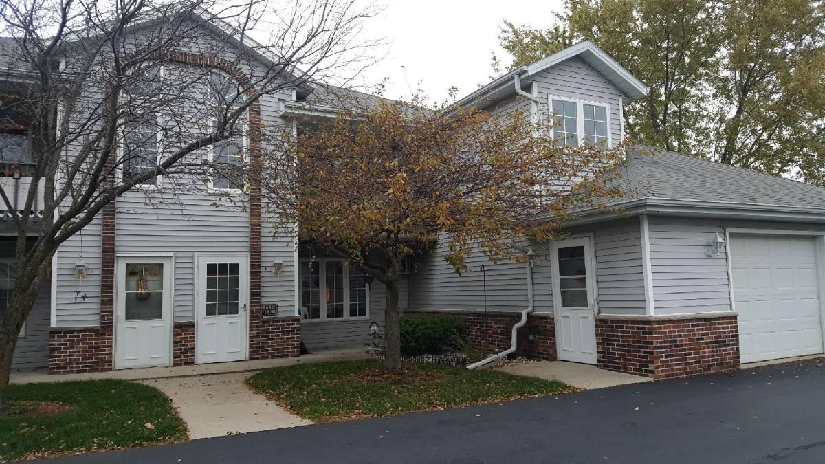 514 Root Ave #B Hartford, WI 53027 Property Image