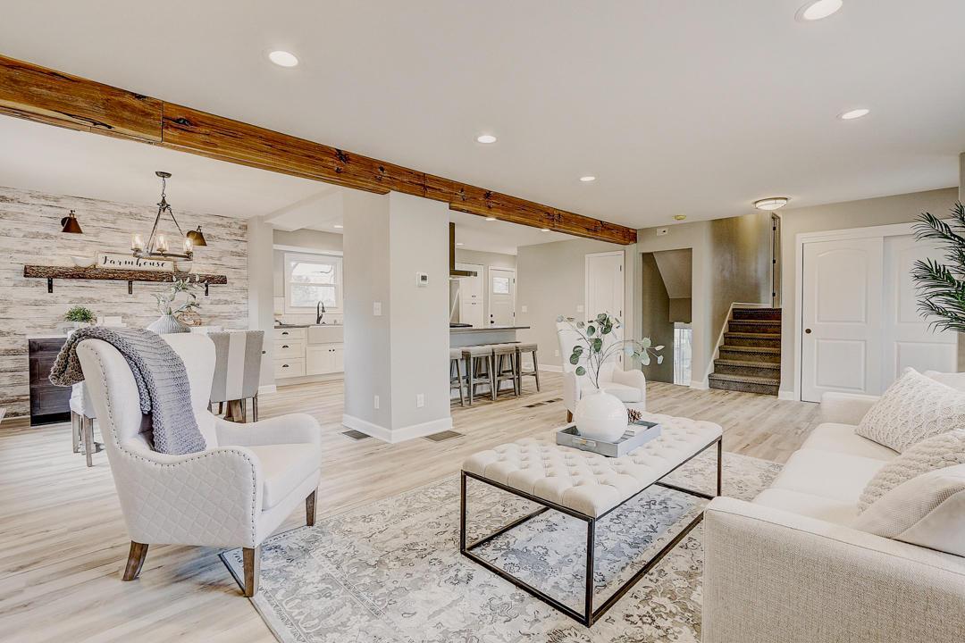 1805 Alta Mesa Ct, Brookfield, Wisconsin 53045, 3 Bedrooms Bedrooms, 6 Rooms Rooms,2 BathroomsBathrooms,Single-Family,For Sale,Alta Mesa Ct,1666761