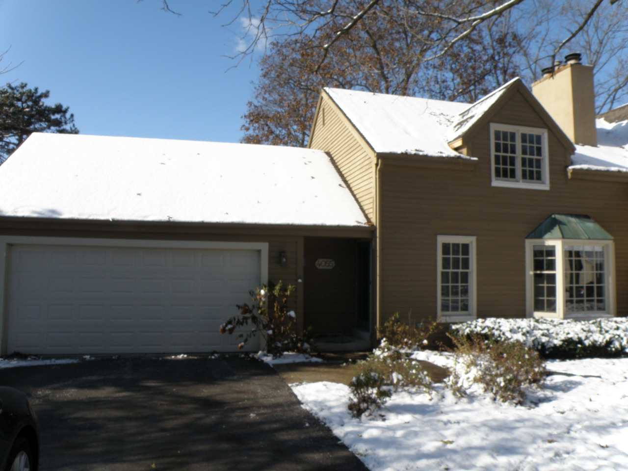 4055 Stonewood Ct, Brookfield, Wisconsin 53045, 2 Bedrooms Bedrooms, 7 Rooms Rooms,2 BathroomsBathrooms,Condominiums,For Sale,Stonewood Ct,1,1653044