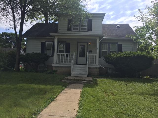 5714 40th St, Milwaukee, Wisconsin 53209, 4 Bedrooms Bedrooms, 9 Rooms Rooms,1 BathroomBathrooms,Single-Family,For Sale,40th St,1667537