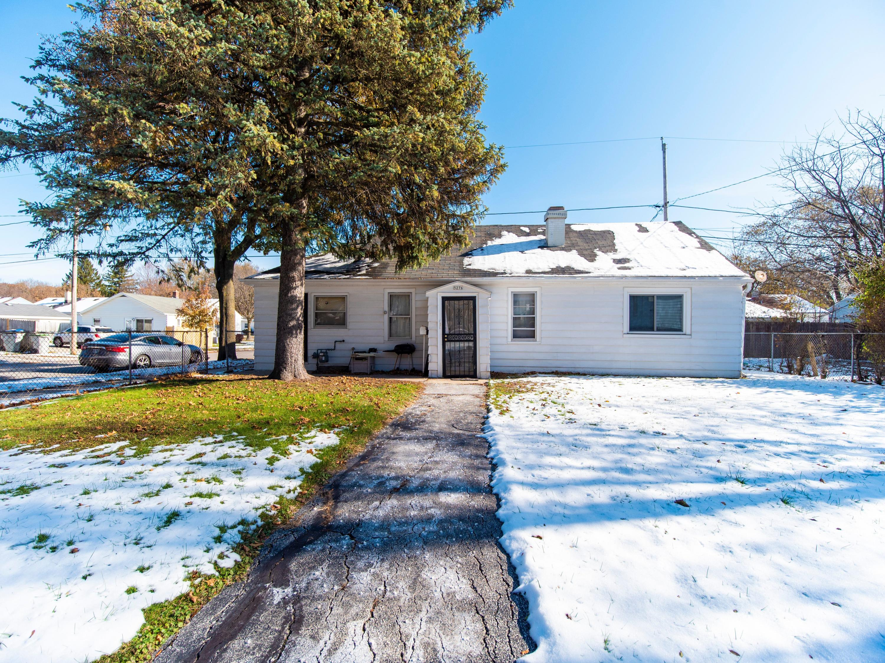5276 51st Blvd, Milwaukee, Wisconsin 53218, 4 Bedrooms Bedrooms, 5 Rooms Rooms,2 BathroomsBathrooms,Single-Family,For Sale,51st Blvd,1667589