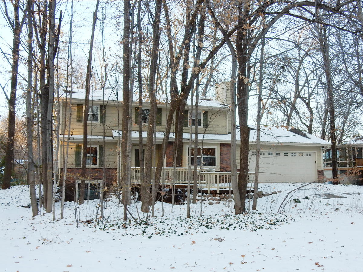 W221N2730 Timberwood Ln, Pewaukee, Wisconsin 53186, 4 Bedrooms Bedrooms, ,3 BathroomsBathrooms,Single-Family,For Sale,Timberwood Ln,1667792