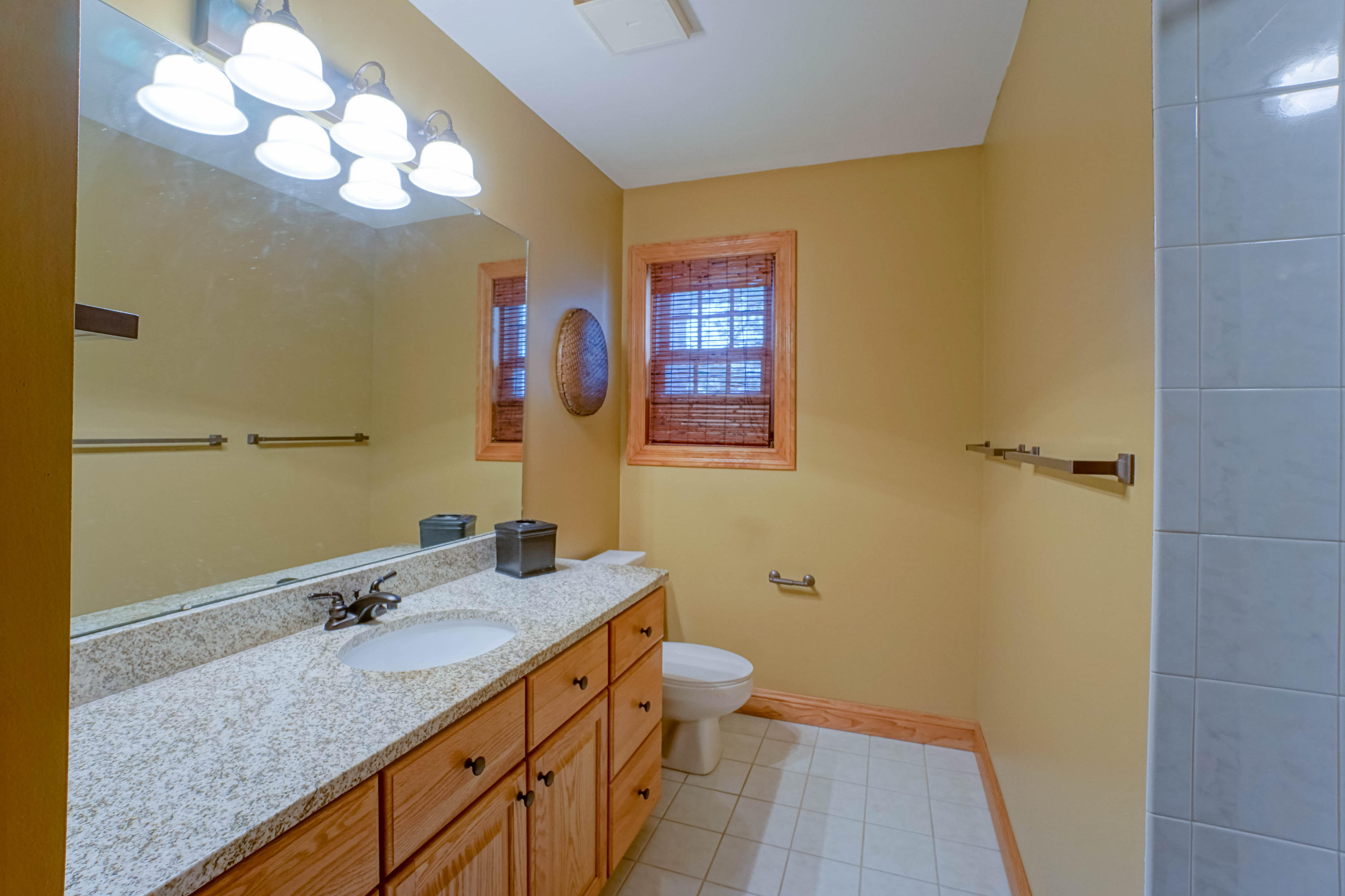 W302N3274 Rookery Rd, Delafield, Wisconsin 53072, 5 Bedrooms Bedrooms, 14 Rooms Rooms,4 BathroomsBathrooms,Single-Family,For Sale,Rookery Rd,1667668