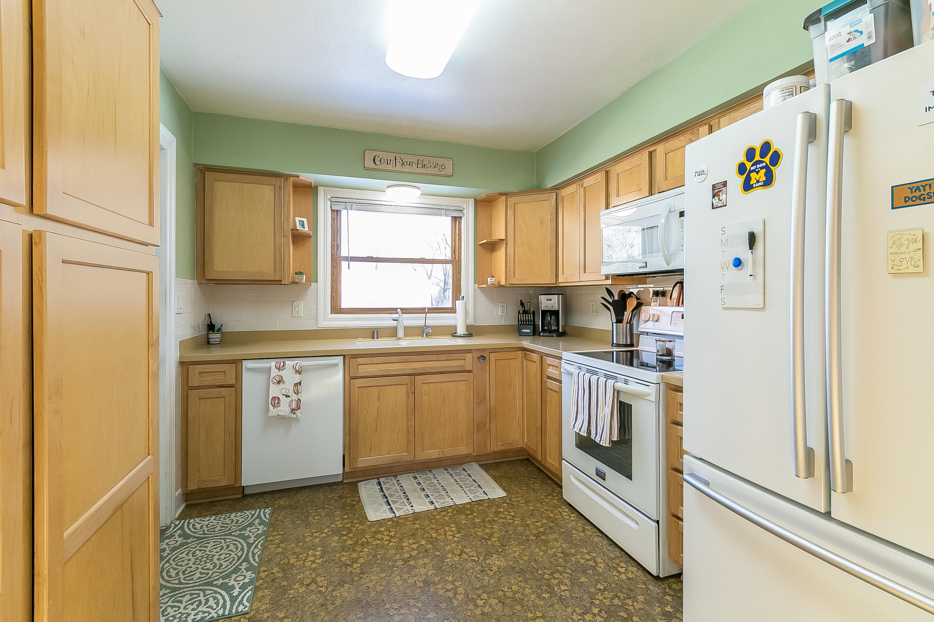 18230 Midland Pl, Brookfield, Wisconsin 53045, 3 Bedrooms Bedrooms, ,1 BathroomBathrooms,Single-Family,For Sale,Midland Pl,1667688