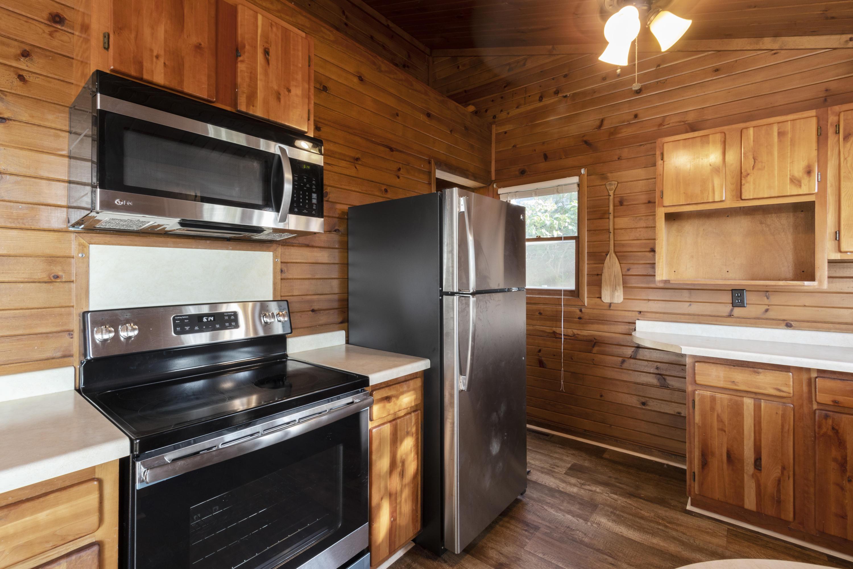 N7725 Ridge Rd, Whitewater, Wisconsin 53190, 2 Bedrooms Bedrooms, 7 Rooms Rooms,2 BathroomsBathrooms,Single-Family,For Sale,Ridge Rd,1667773
