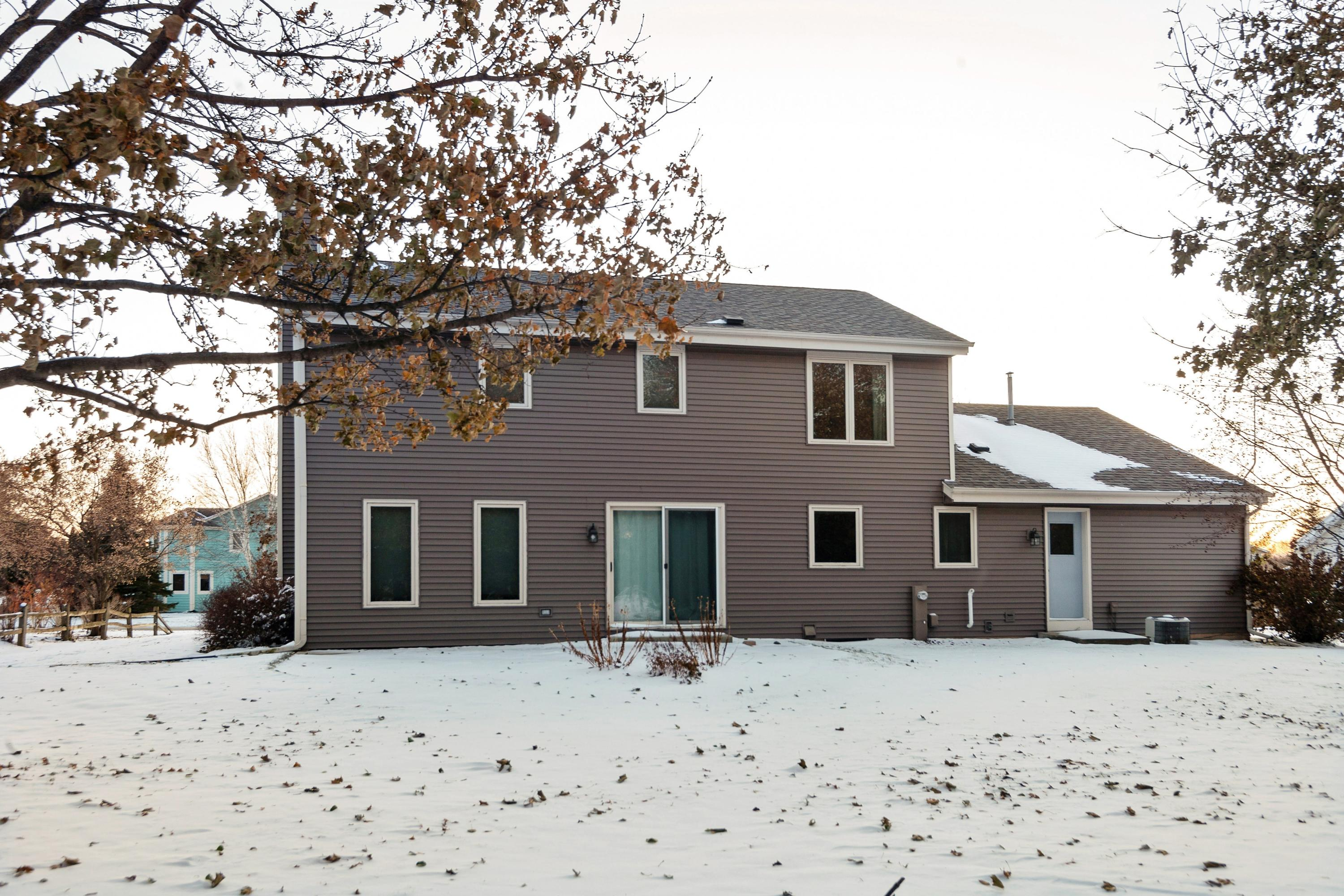 W173S8296 Clearbrook Dr, Muskego, Wisconsin 53150, 3 Bedrooms Bedrooms, 6 Rooms Rooms,2 BathroomsBathrooms,Single-Family,For Sale,Clearbrook Dr,1667763