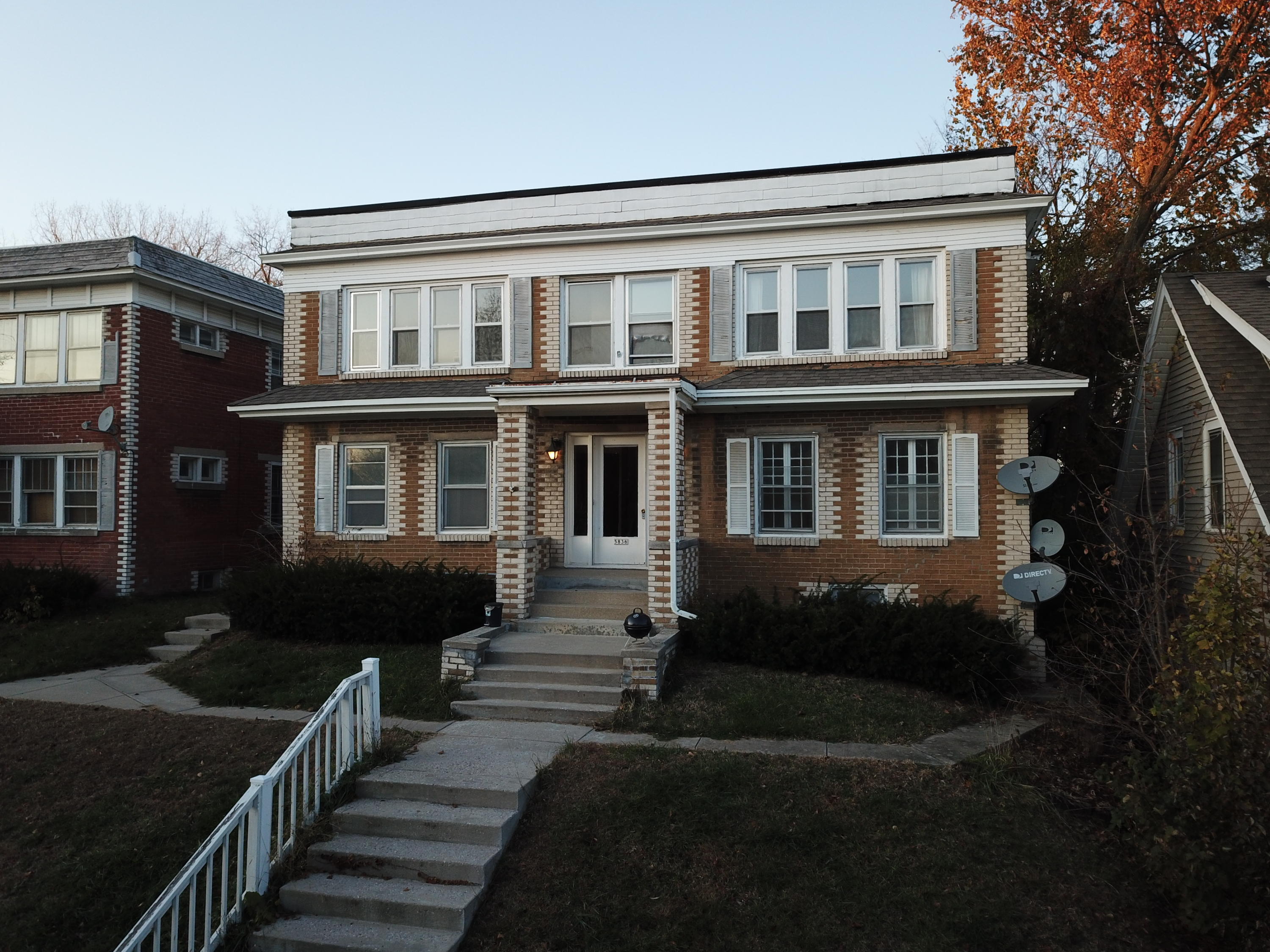 5836 Wells St, Wauwatosa, Wisconsin 53213, ,Multi-Family Investment,For Sale,Wells St,1667784