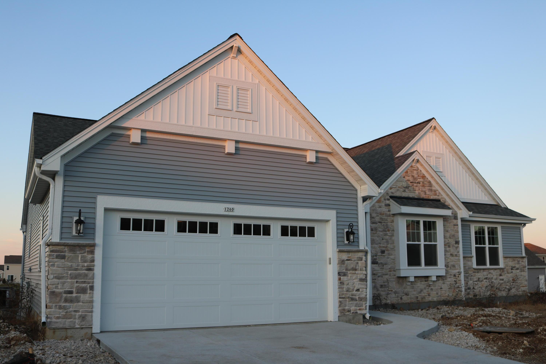 1260 Evergreen Trl, Oconomowoc, Wisconsin 53066, 3 Bedrooms Bedrooms, 6 Rooms Rooms,2 BathroomsBathrooms,Single-Family,For Sale,Evergreen Trl,1658823