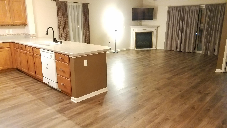 1400 Gabriel Dr, Waukesha, Wisconsin 53188, 2 Bedrooms Bedrooms, ,2 BathroomsBathrooms,Condominiums,For Sale,Gabriel Dr,2,1669304