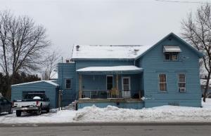 924 Pierce Ave, Marinette, WI 54143