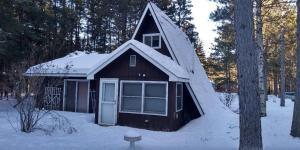 W8833 Pine Grove LN, Amberg, WI 54102