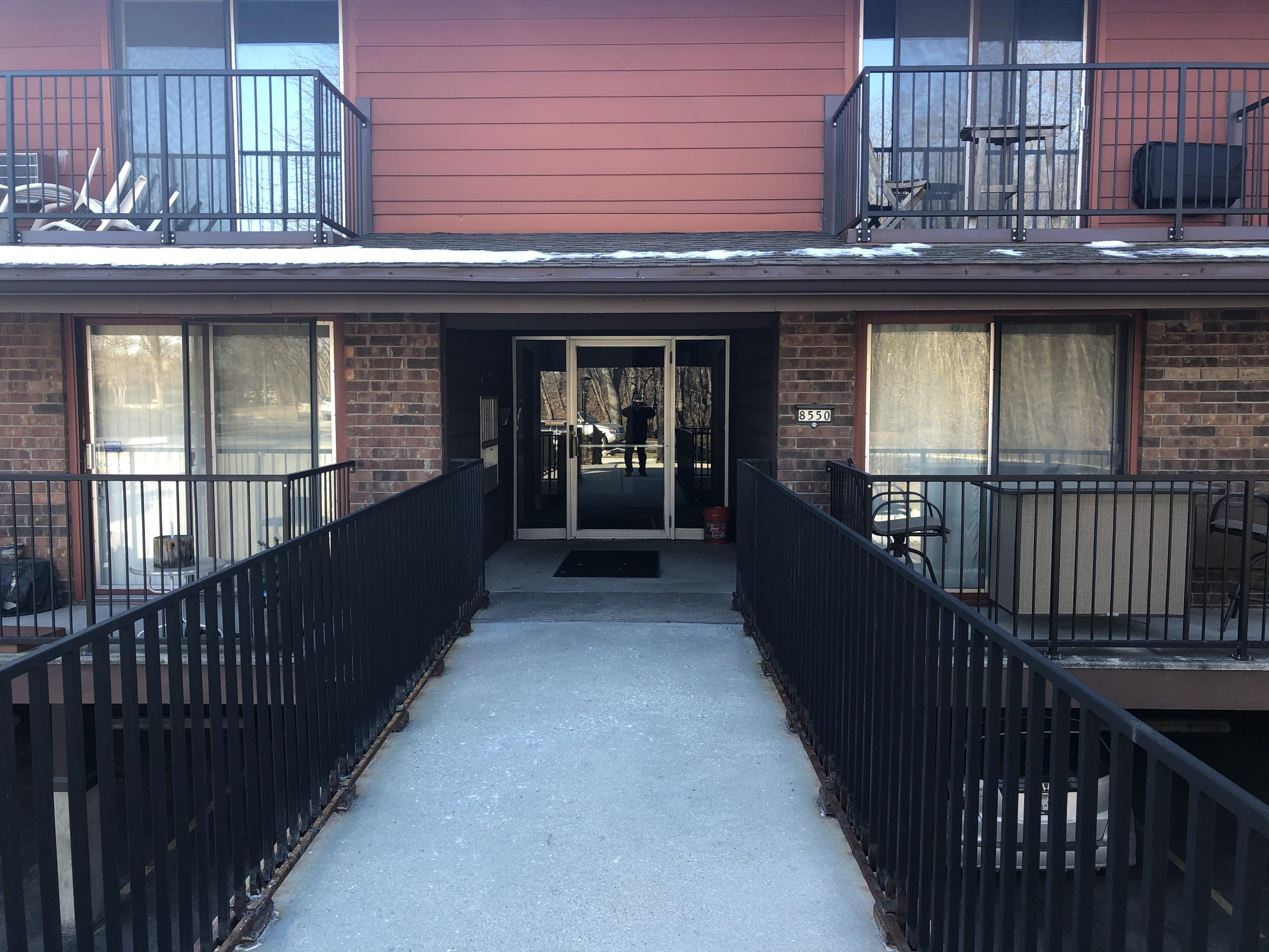8550 W Waterford Ave #2