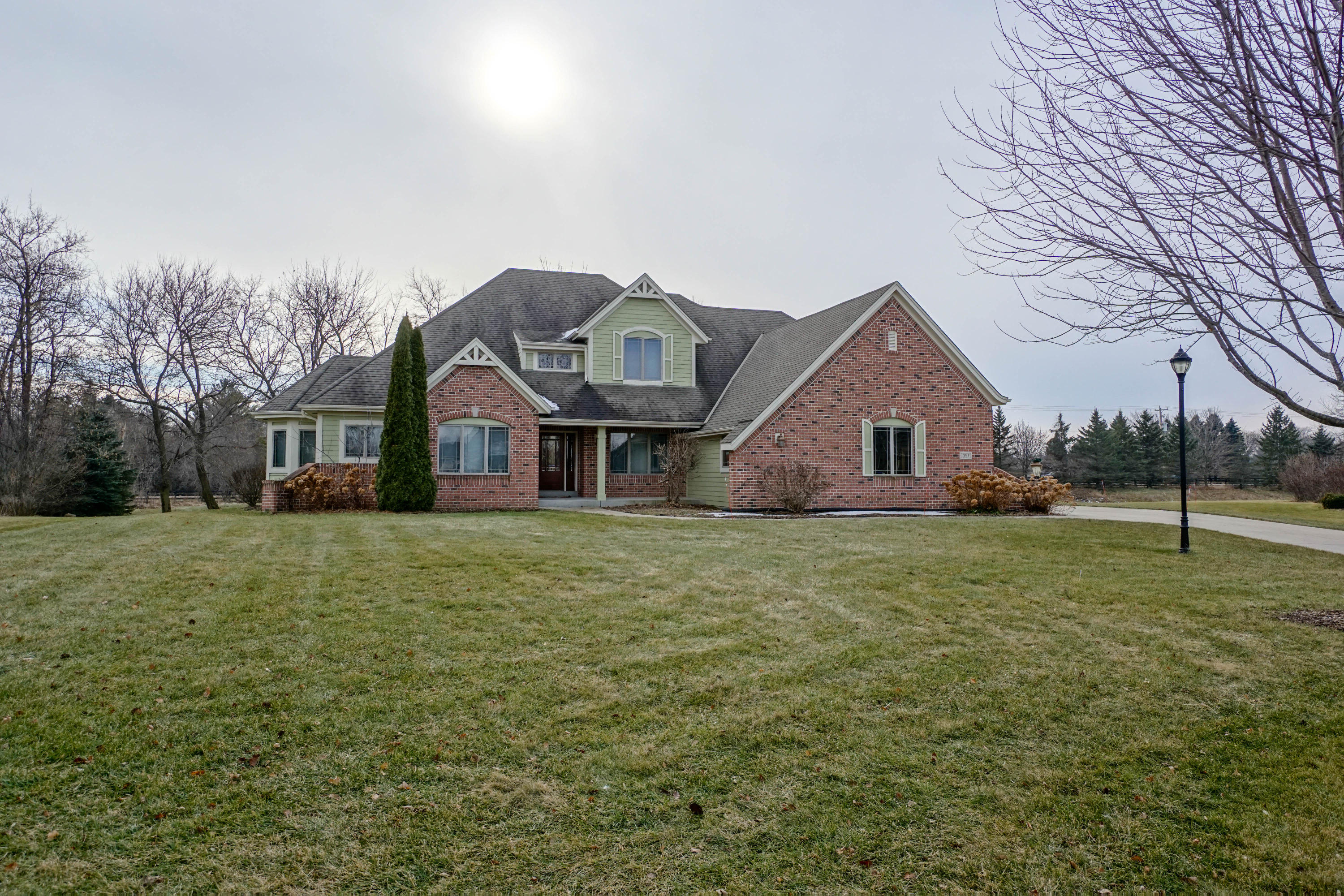 357 Switch Grass Ct, Hartland, Wisconsin 53029, 5 Bedrooms Bedrooms, 14 Rooms Rooms,4 BathroomsBathrooms,Single-Family,For Sale,Switch Grass Ct,1672784