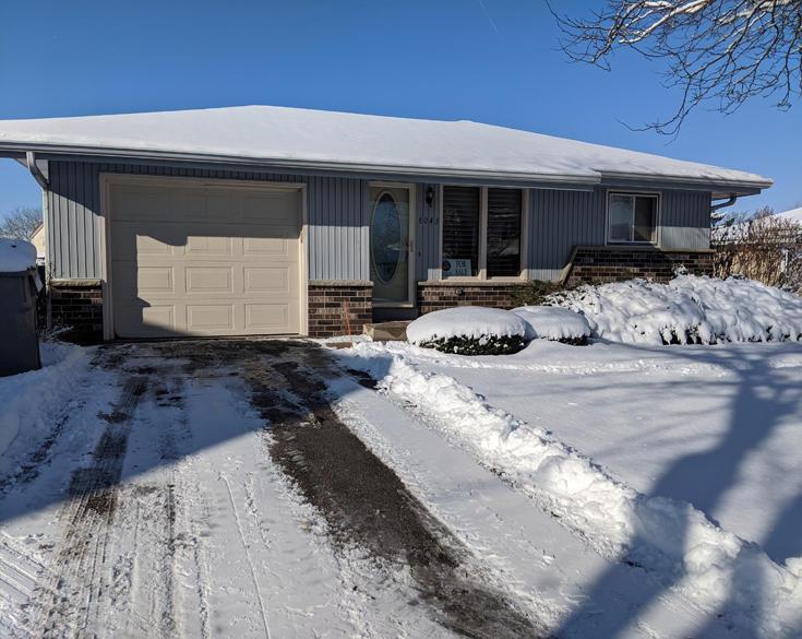 8043 93rd Ct, Milwaukee, Wisconsin 53224, 3 Bedrooms Bedrooms, 7 Rooms Rooms,2 BathroomsBathrooms,Condominiums,For Sale,93rd Ct,1,1676900