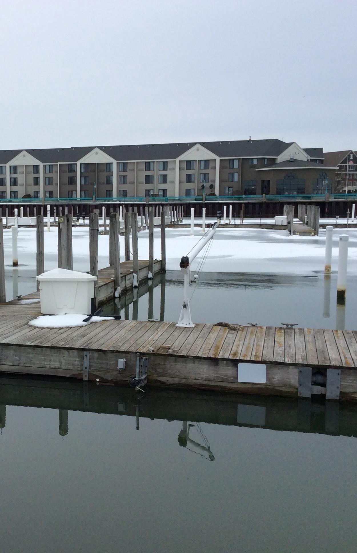 333 Lake Ave, Racine, Wisconsin 53403, ,Condominiums,For Sale,Lake Ave,1676862