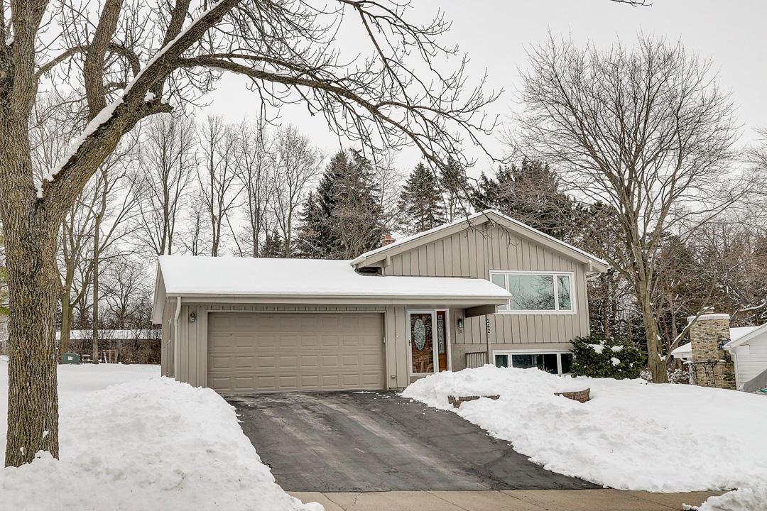 2421 Pendleton Pl, Waukesha, Wisconsin 53188, 4 Bedrooms Bedrooms, ,1 BathroomBathrooms,Single-Family,For Sale,Pendleton Pl,1676929