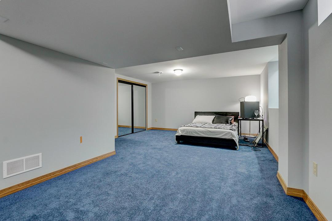 8870 Greenmeadow Ln, Milwaukee, Wisconsin 53129, 4 Bedrooms Bedrooms, ,2 BathroomsBathrooms,Single-Family,For Sale,Greenmeadow Ln,1677023
