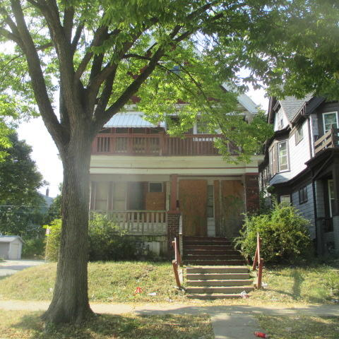 2801 18th St, Milwaukee, Wisconsin 53206, 2 Bedrooms Bedrooms, 6 Rooms Rooms,1 BathroomBathrooms,Two-Family,For Sale,18th St,1,1676952