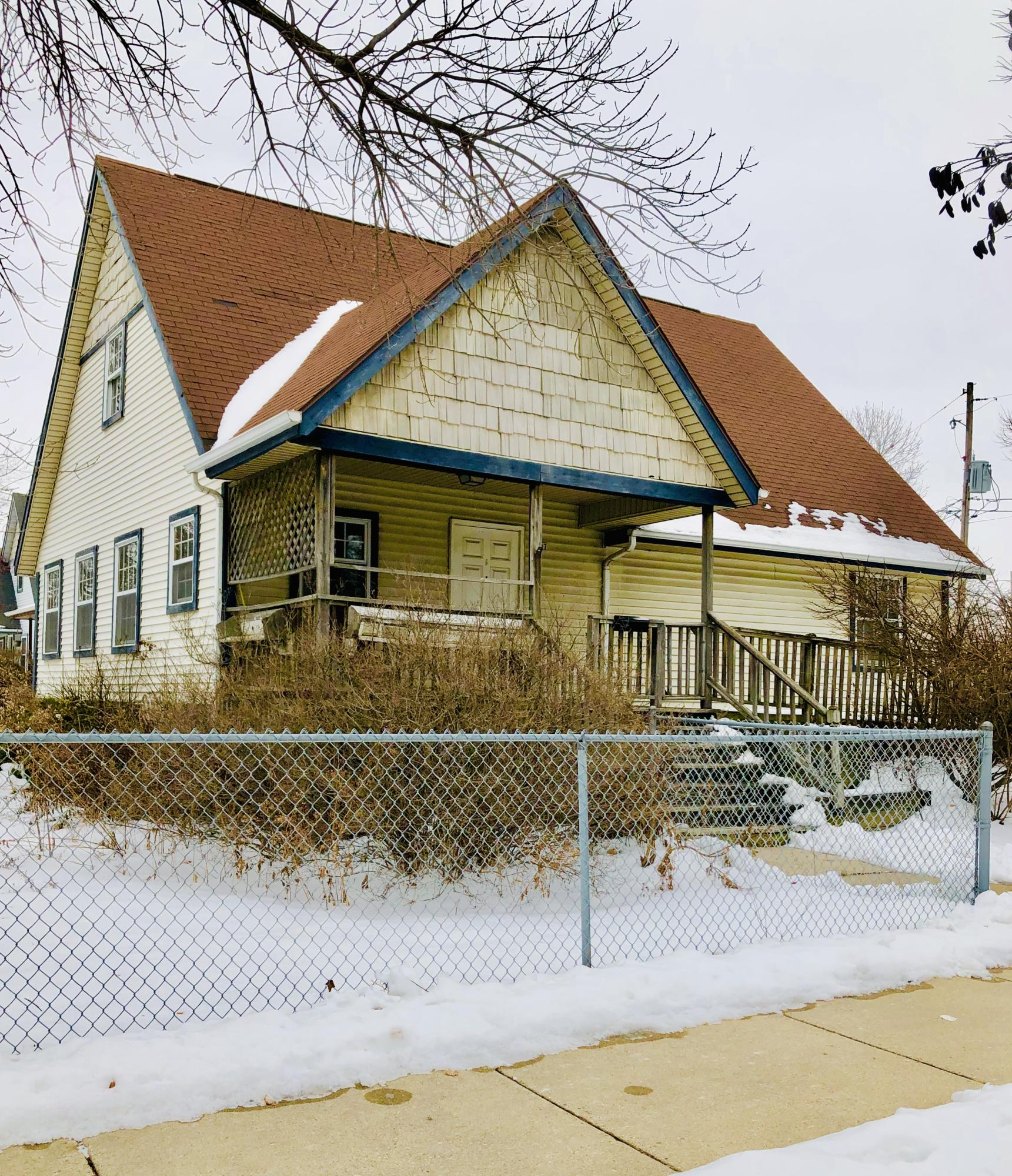 1707 23rd st, Milwaukee, Wisconsin 53205, 2 Bedrooms Bedrooms, ,1 BathroomBathrooms,Single-Family,For Sale,23rd st,1676969