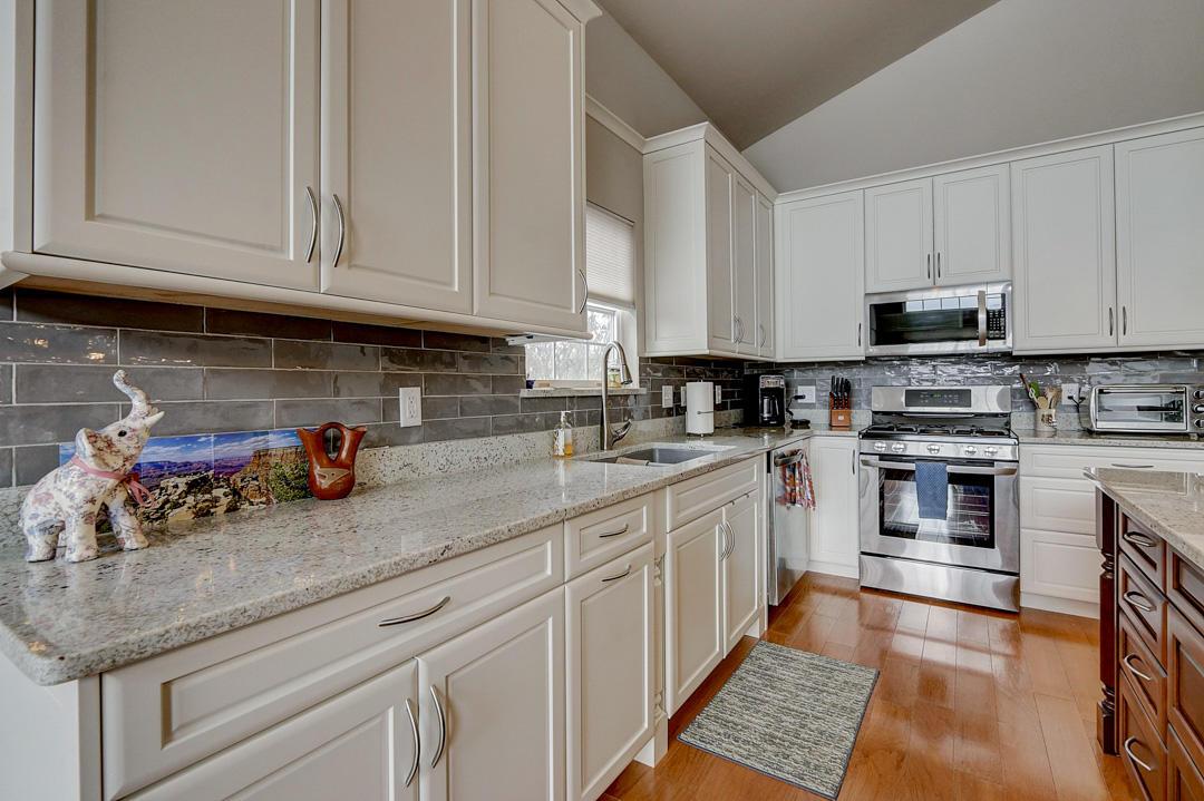 1843 Golfview Dr, Geneva, Wisconsin 53147, 4 Bedrooms Bedrooms, 7 Rooms Rooms,3 BathroomsBathrooms,Condominiums,For Sale,Golfview Dr,1,1676981