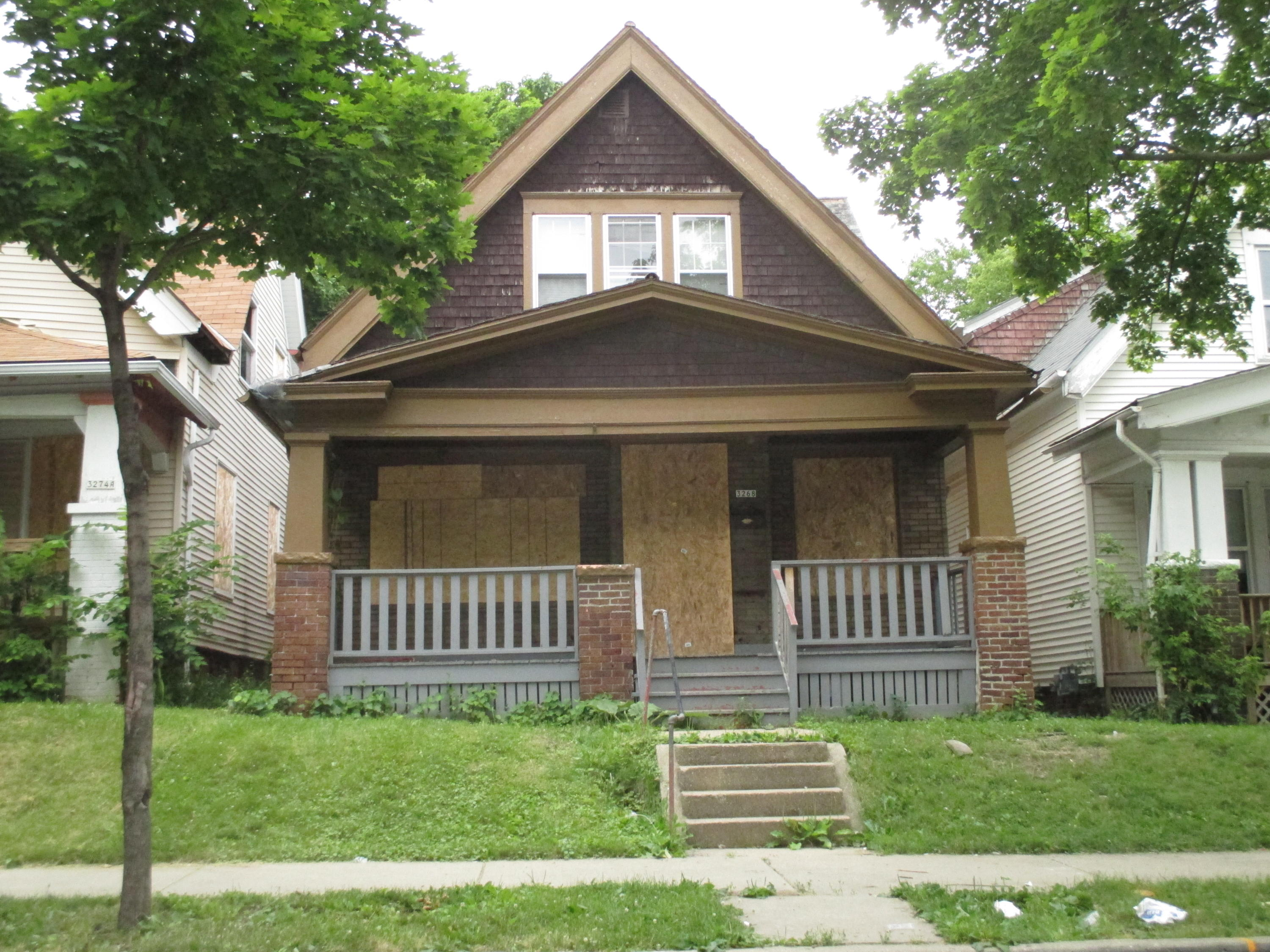3268 29th St, Milwaukee, Wisconsin 53216, 5 Bedrooms Bedrooms, 10 Rooms Rooms,2 BathroomsBathrooms,Single-Family,For Sale,29th St,1676983