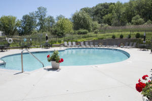 306 Abbey Ridge Ct., Fontana, Wisconsin 53125, 3 Bedrooms Bedrooms, 7 Rooms Rooms,2 BathroomsBathrooms,Condominiums,For Sale,Abbey Ridge Ct.,2,1677005