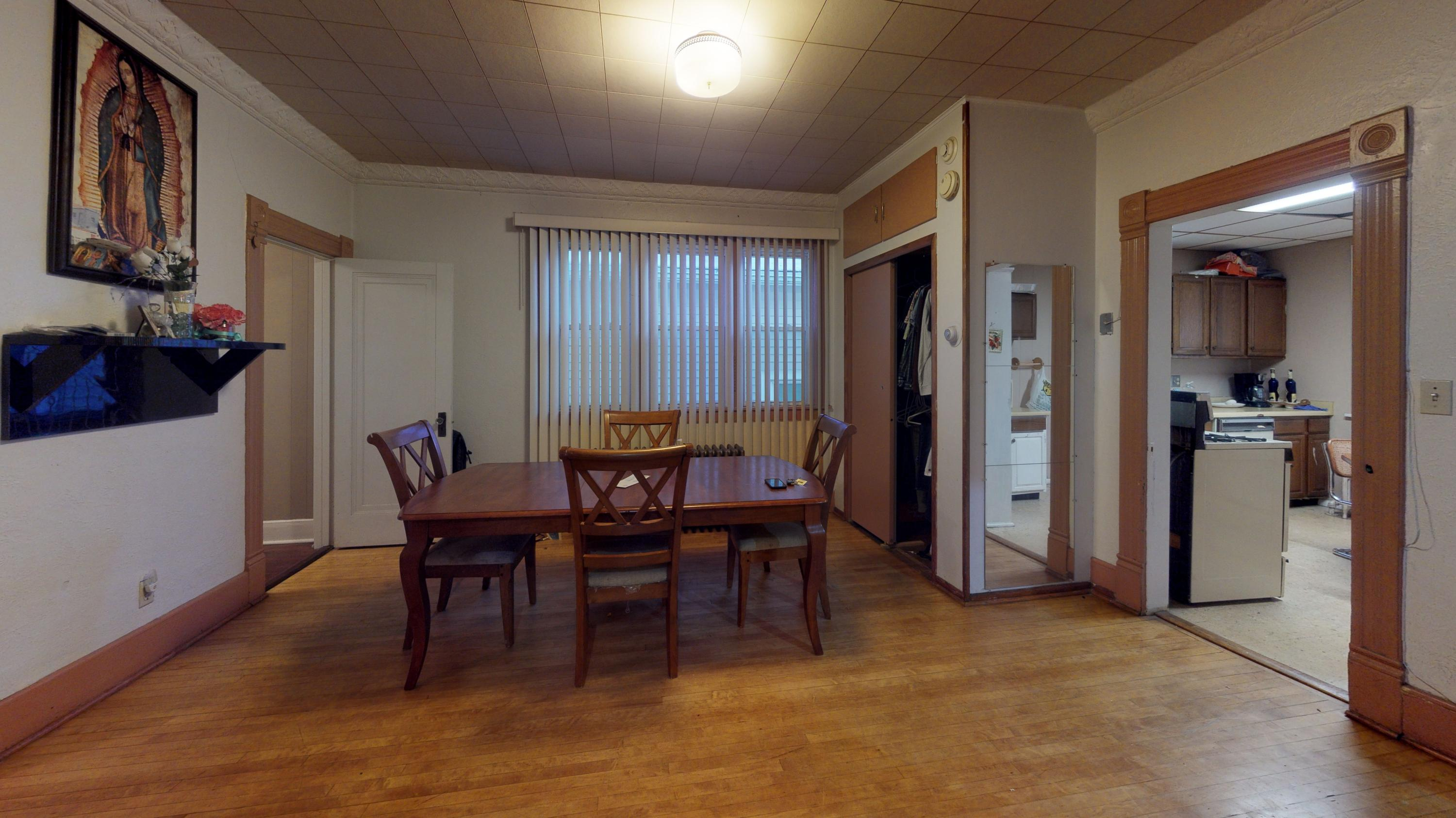 2439 8th ST, Milwaukee, Wisconsin 53215, 3 Bedrooms Bedrooms, 6 Rooms Rooms,1 BathroomBathrooms,Two-Family,For Sale,8th ST,1,1677011